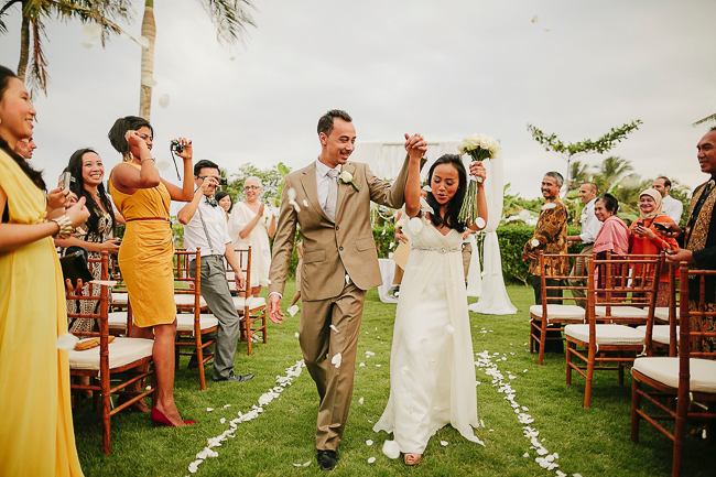 Bali wedding at villa shalimar cynthia alex bali for Bali mariage location